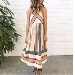 Dresses & Skirts - Tia Nova Dress